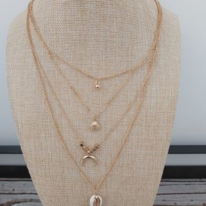 collier quatre rang coquillage