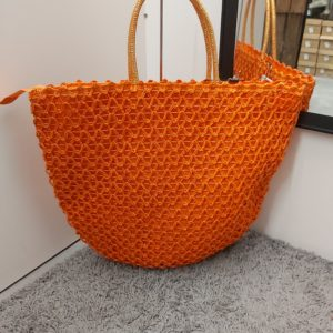 panier orange crochet
