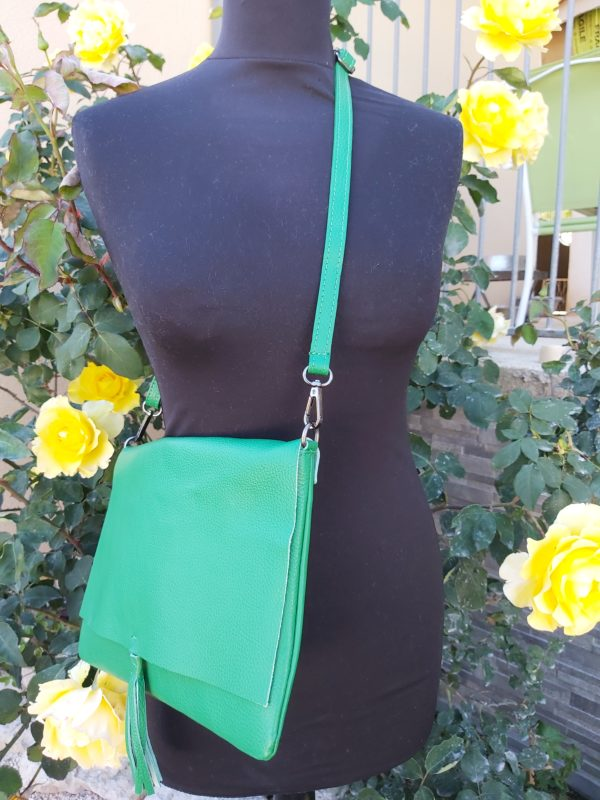 pochette cuir vert