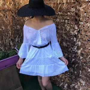 robe blanche dentelle courte