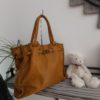 sac cuir moutarde cloutee