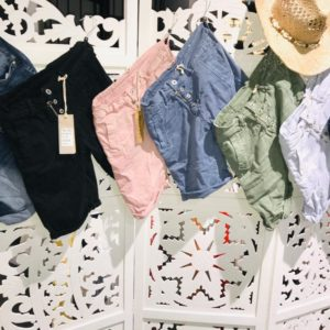 short mely co