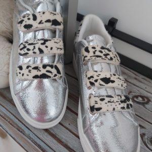 basket argente tache leopard blanc