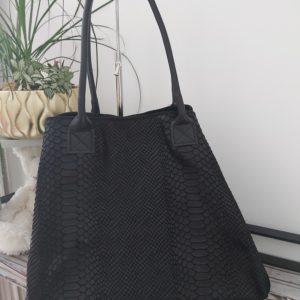 sac cuir noir ouvert