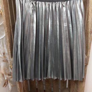 jupe courte satine argente