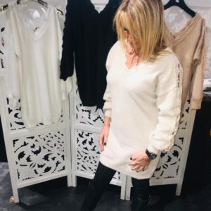 robe blanche col v dentelle couleurs